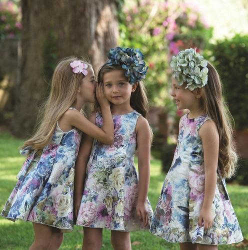 Invitati speciali a nozze  i migliori look per i più piccoli  48588c024c4