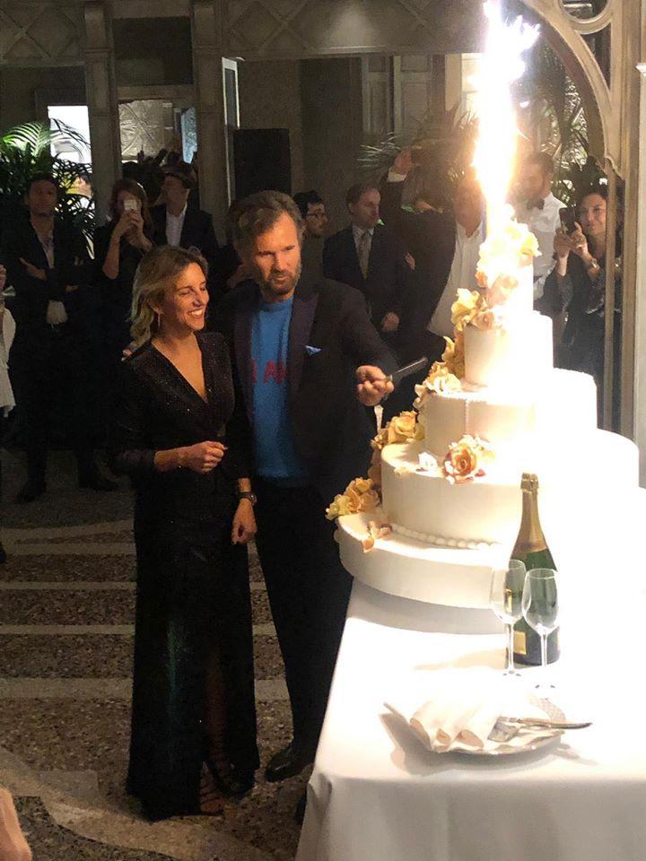 Matrimonio Natalizio Enzo Miccio : Matrimonio oggi sposi part