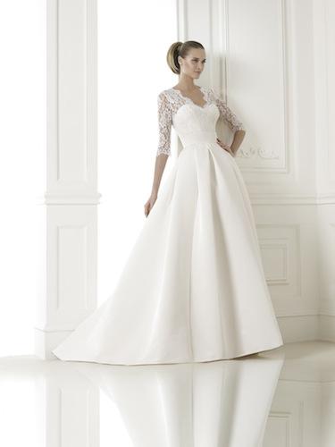 Sognare la mamma con l'abito da sposa